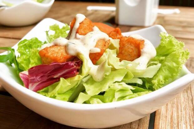 Kulinarske inspiracije za neuobičajene i zdrave dresinge za salatu