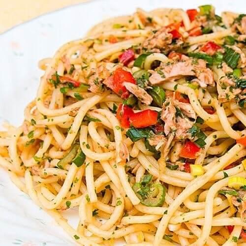 Italijanska tjestenina sa tunjevinom