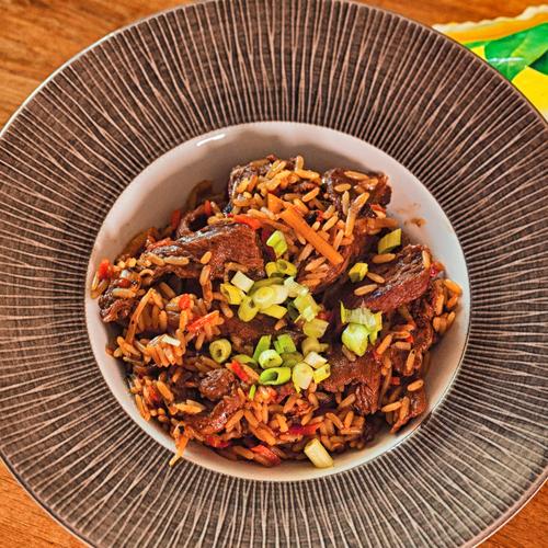 Телешко месо с China Mix и бланширан ориз