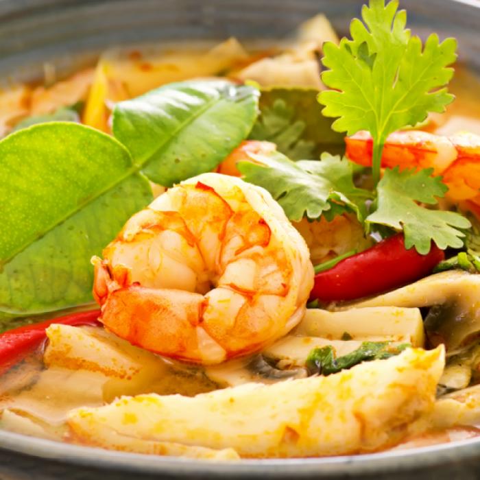 Том Ям Кунг – тайландска лютиво-кисела супа със скариди и гъби