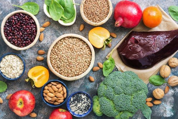 Alimente și Legume Bogate în Fier