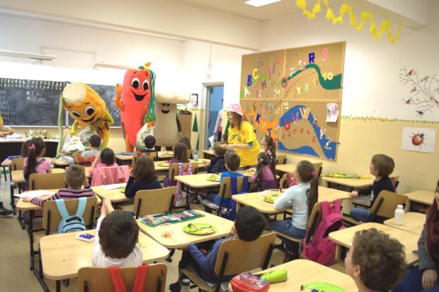 """Bonduelle sprijină consumul zilnic de legume în cadrul programului național """"Şcoala Altfel"""" 2015"""