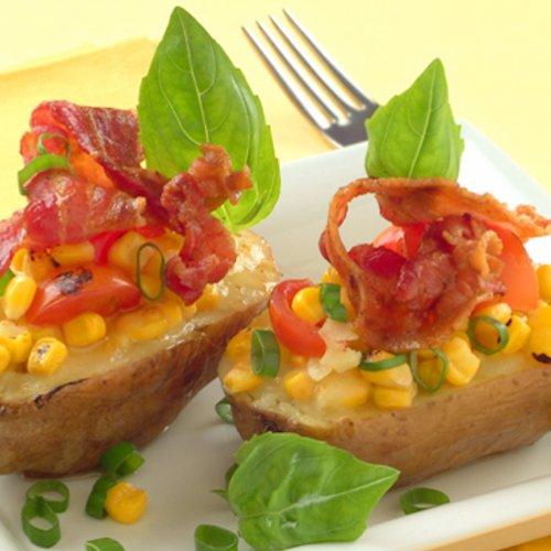 Cartofi umpluți cu mozzarella, porumb și bacon