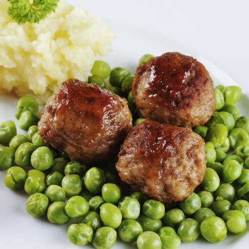 Friptură din carne tocată cu mazăre