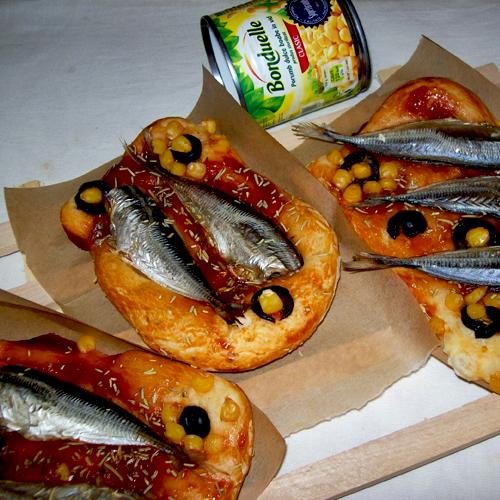 Mini pizza cu pește