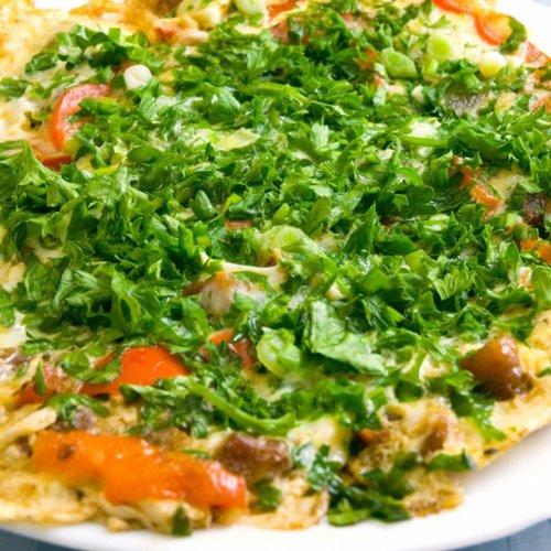 Fu Yung - omletă chinezească cu pui, varză, ciuperci si țelină