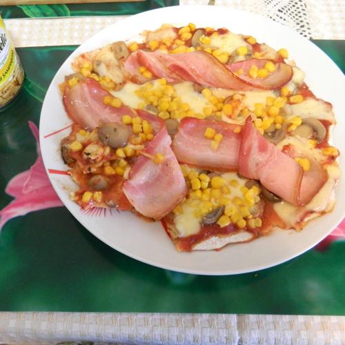 Pizza cu ciuperci și porumb