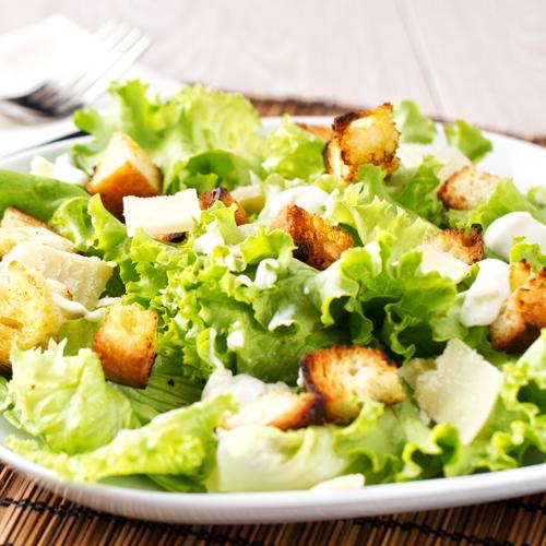 Salată Cesar cu pui