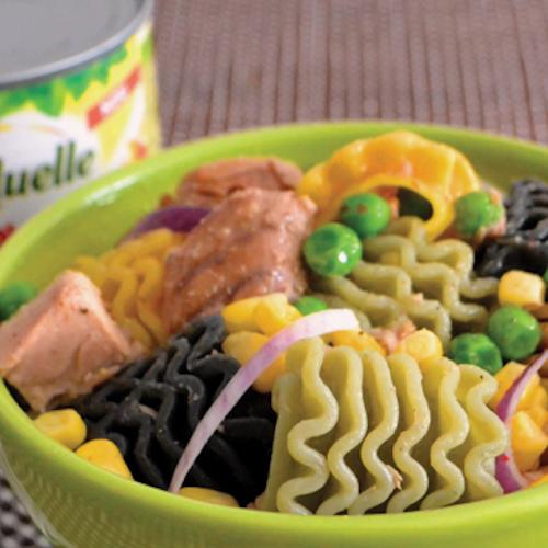 Salată de paste cu ton și porumb