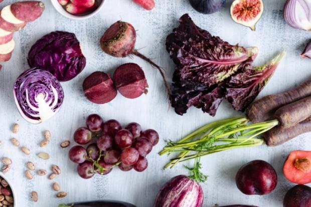 Фиолетовые фрукты и овощи
