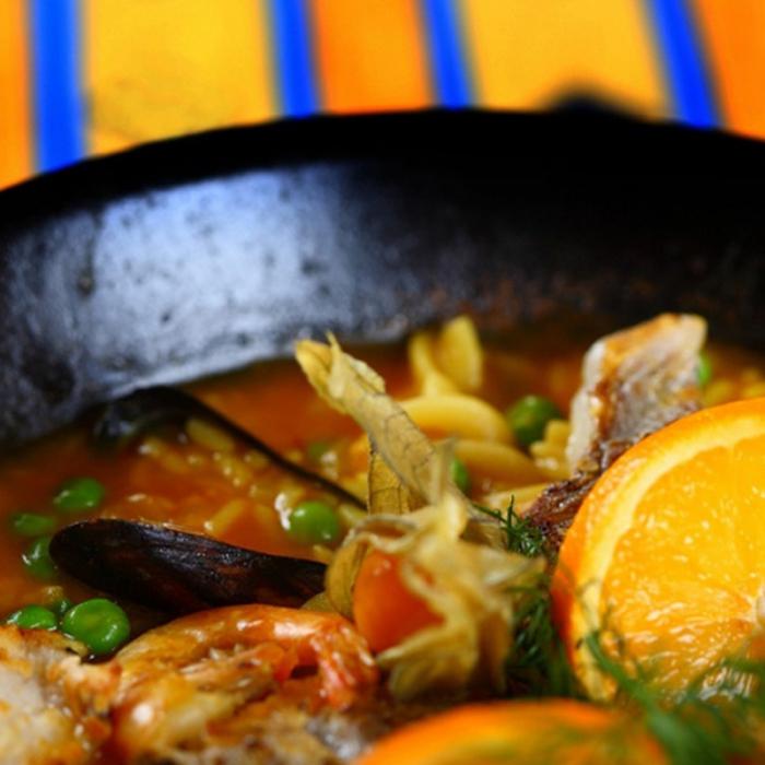 Паэлья - классическое блюдо испанской кухни