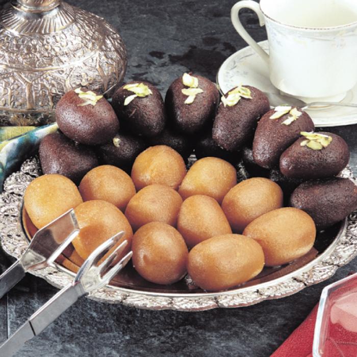Гулаб джамун - жареные шарики в сахарном сиропе