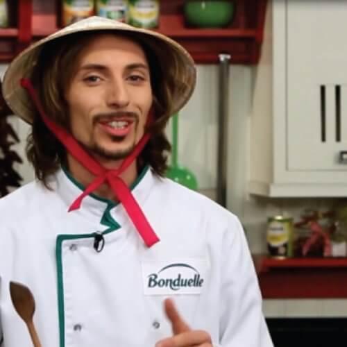 Китайская жареная лапша с овощами
