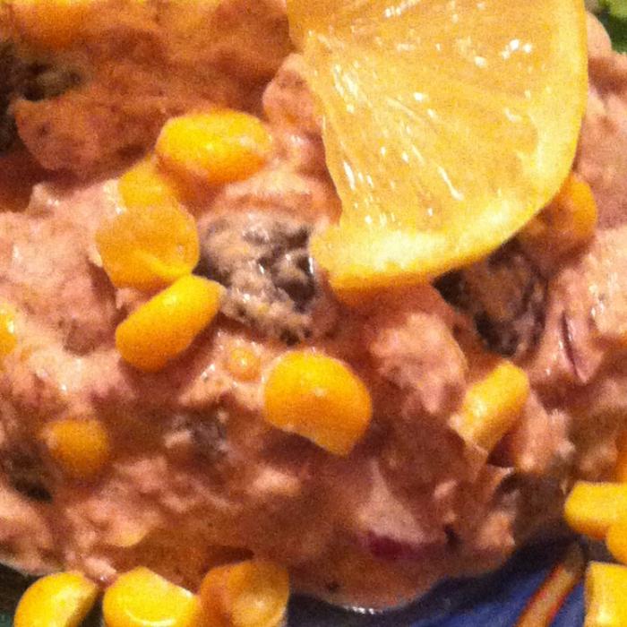 Салат с сардиной и кукурузой Бондюэль