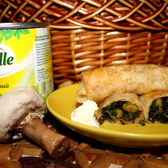 Блинчики со шпинатом, грибами и зеленым горошком Bonduelle