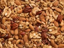 Фон із горіхів з дерева мигдалю та горіхів інших видів