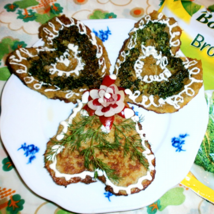 Українські деруни з броколі